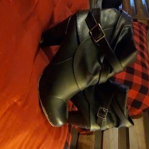 Madden heels